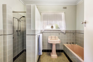 Original bathroom, North Balwyn